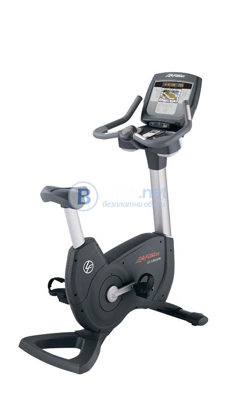 Сервизиран и почистен професионален велоергометър life fitness 95c inspire