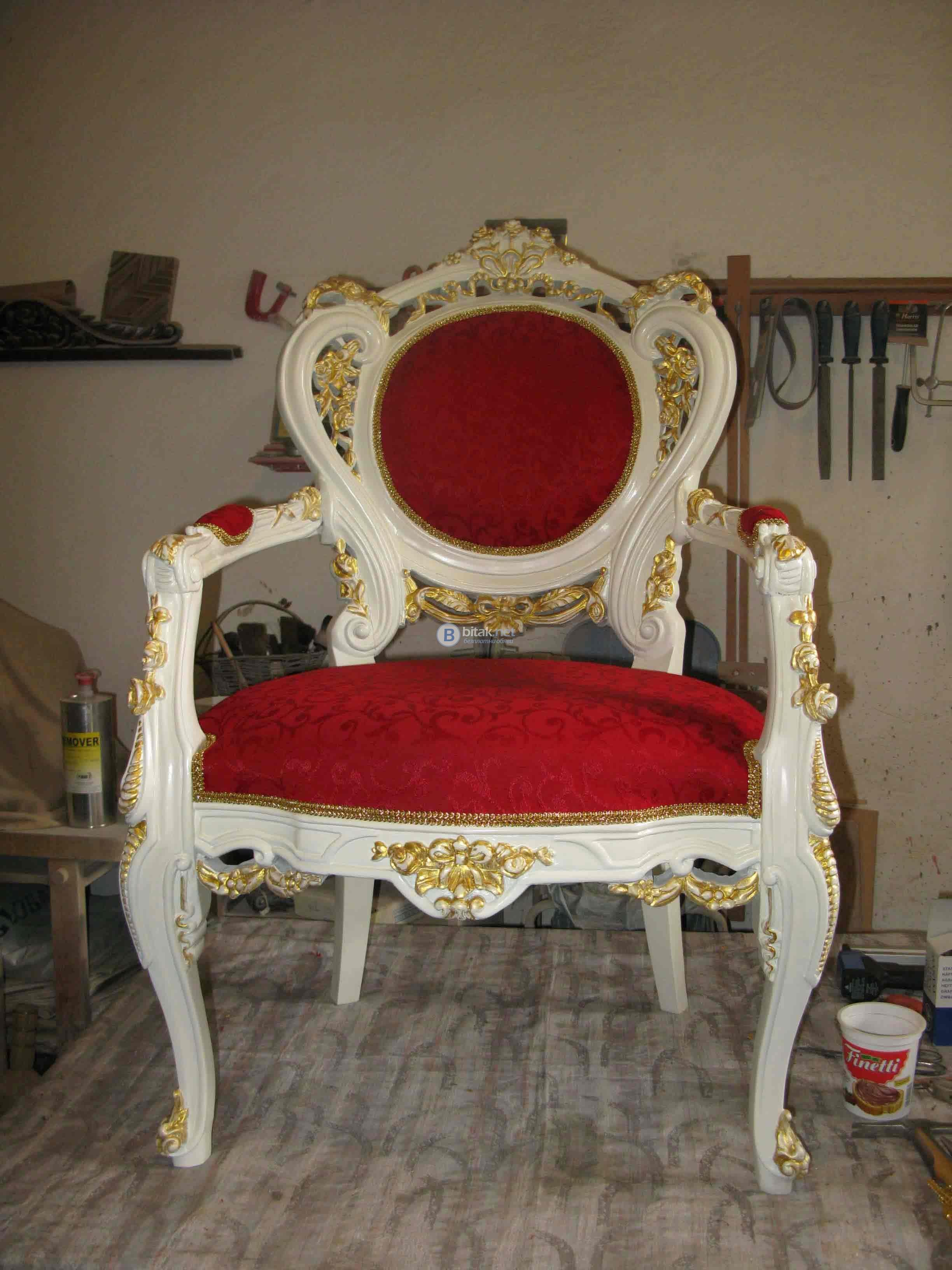 Реставрация на старинни мебели