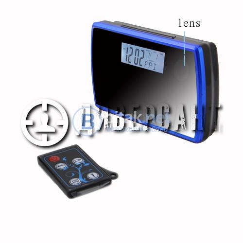 Скрита камера в електронен будилник 204
