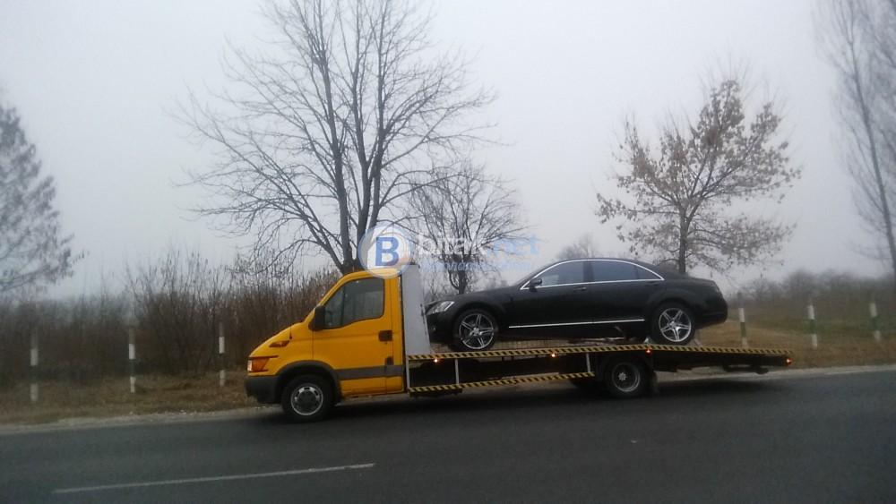 Транспортни услуги - превоз на автомобили, бусове и селскостопанка техника в страната и ес