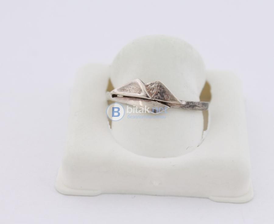 Сребърен пръстен - 1.43гр - 4.30 лв