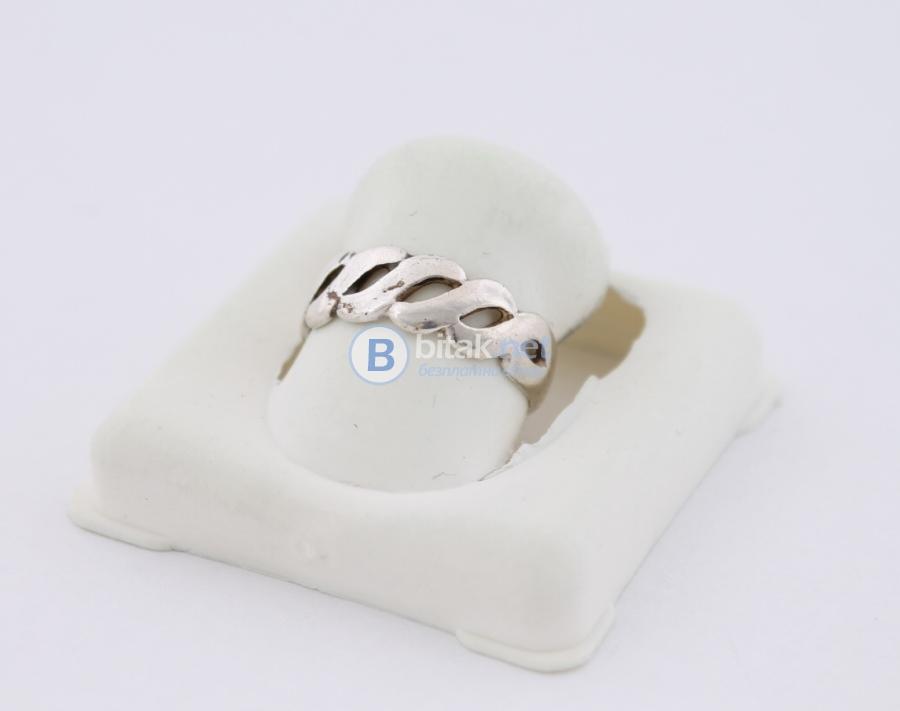 Сребърен пръстен - 1.55 гр - 4.65 лв