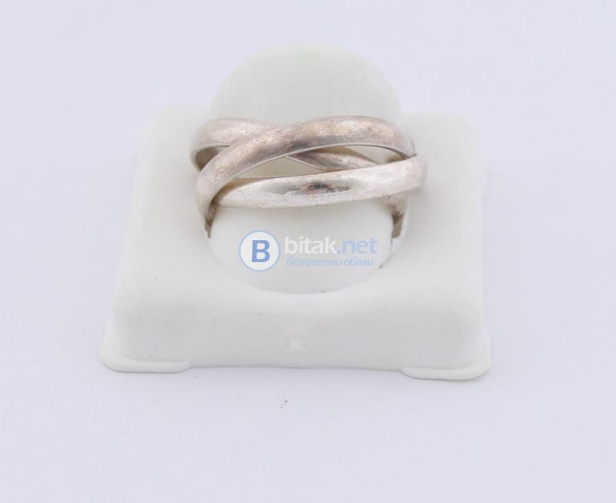 Сребърен пръстен - 5.06 гр - 15.20 лв