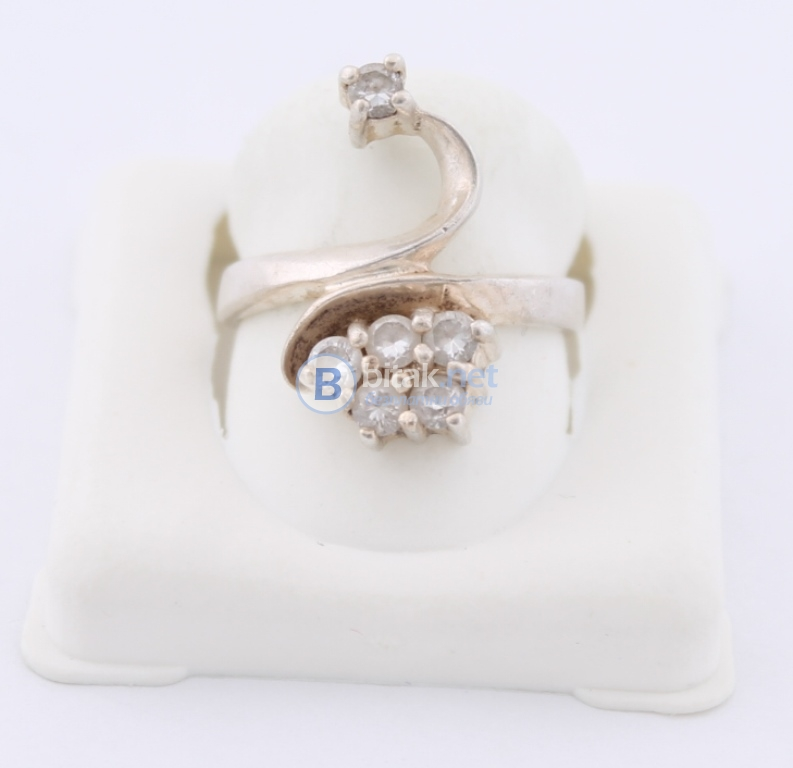 Сребърен пръстен - 4,80 гр - 14.40 лв