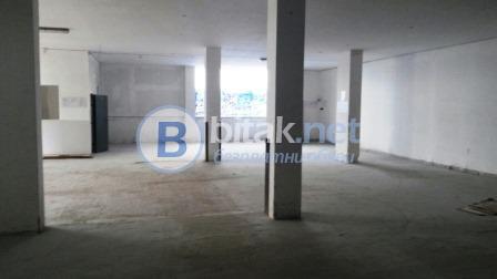 Давам под наем склад 200 до 670м2 open space на партер с тир достъп и с рампа на бул.ломск