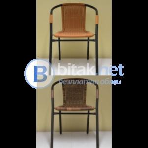 Стол чойс от метал и синтетичен ратан