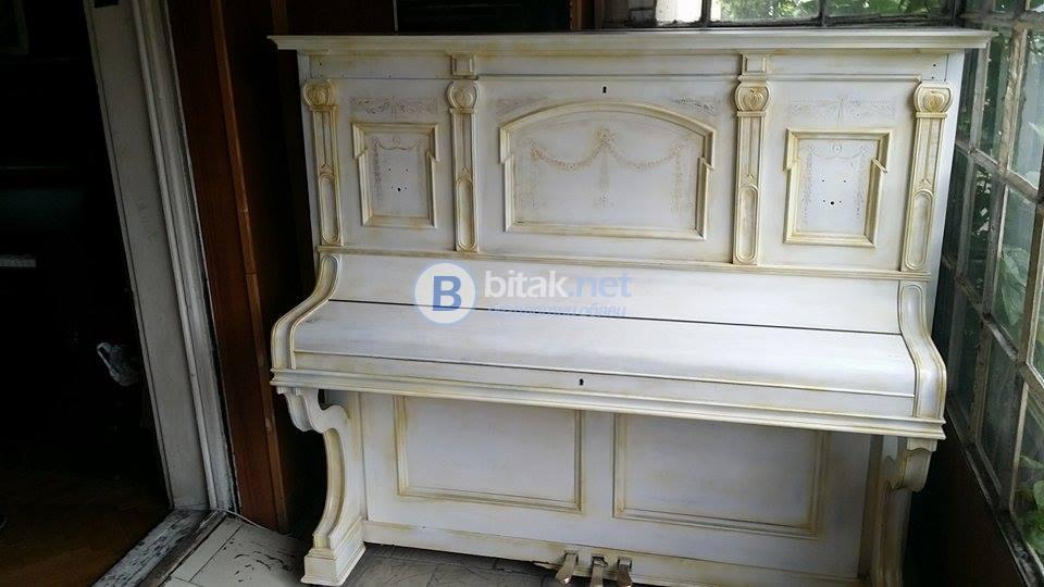"""Реставрирано пиано """"калман"""" - техника състаряване"""
