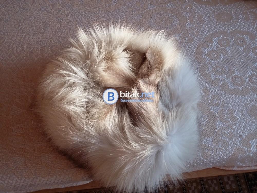 Дамски кожух и шапка от бяла лисица