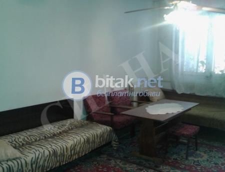Продажба на двустаен апартамент до централни хали в град русе с тец
