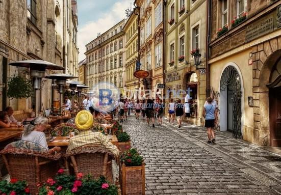 Прага и Братислава - Майски празници