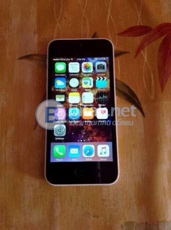 Продавам iPhone 5c