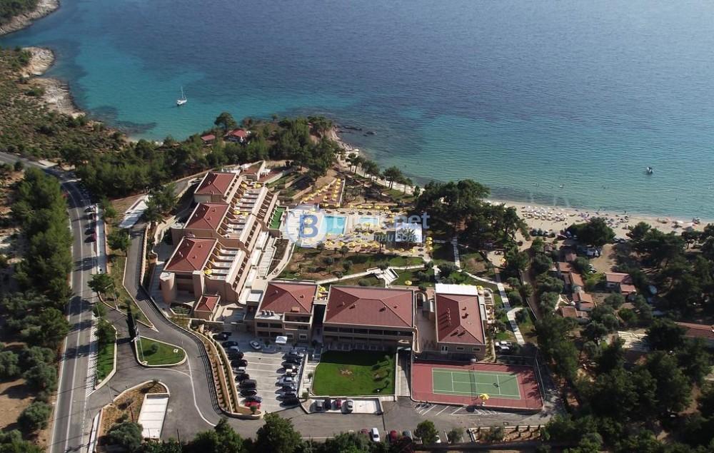 Луксозна почивка на остров Тасос, хотел Royal Paradise Beach Resort & Spa 5* , от Варна и Бургас