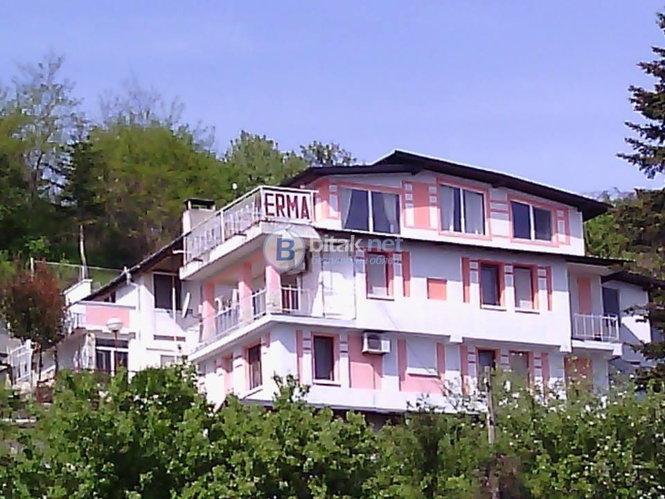 семеен хотел Ерма