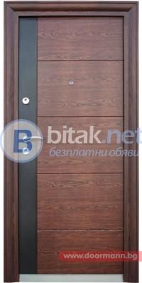 Блиндирана входна врата код 616 С