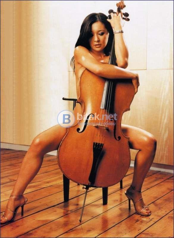 Продавам виолончело