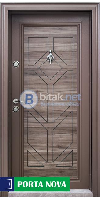 Блиндирана входна врата Модел Т 686,цвят Спарта