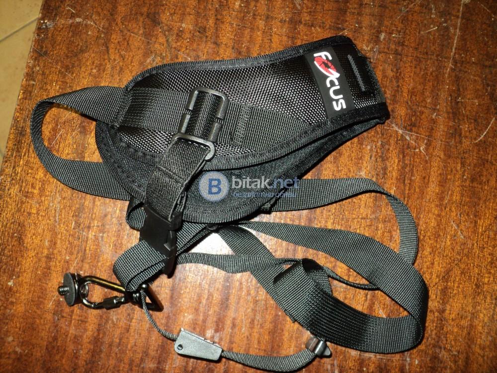 Продавам ремък за рамо за DSLR