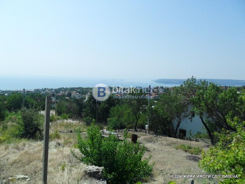 Продавам панорамен парцел 961кв.м. Варна Виница регулация комуникации 15 000Е