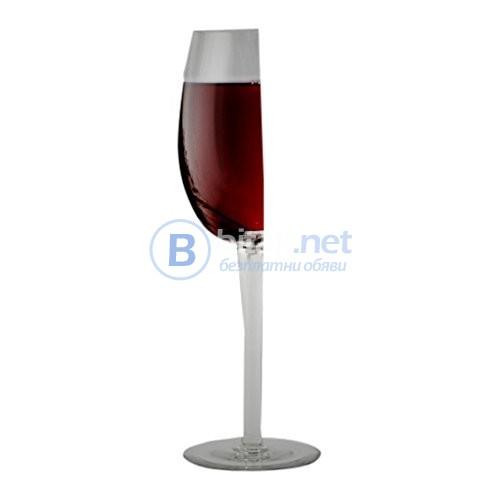 Дизайнерска чаша за вино
