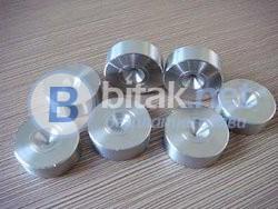 Дюзи за изтегляне на метални изделия
