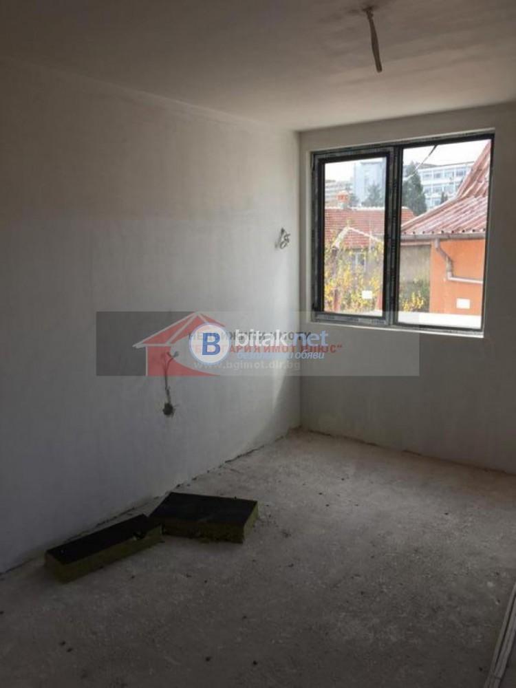 Продава 2-стаен Овча купел нов до НБУ с акт 16 74800 евро