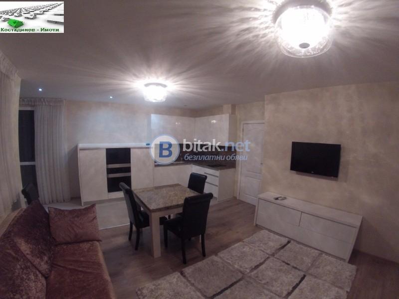 Двустаен луксозен апартамент с гараж
