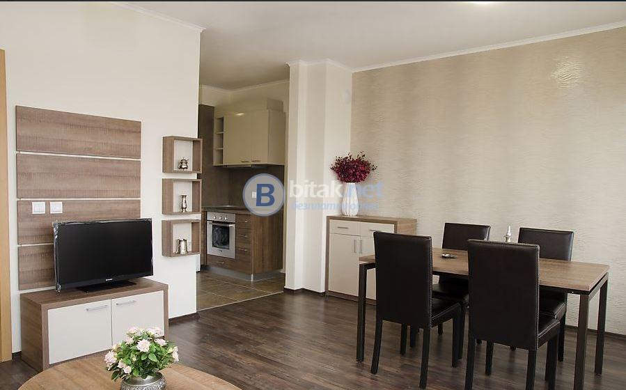 Луксозно обзаведен двустаен апартамент