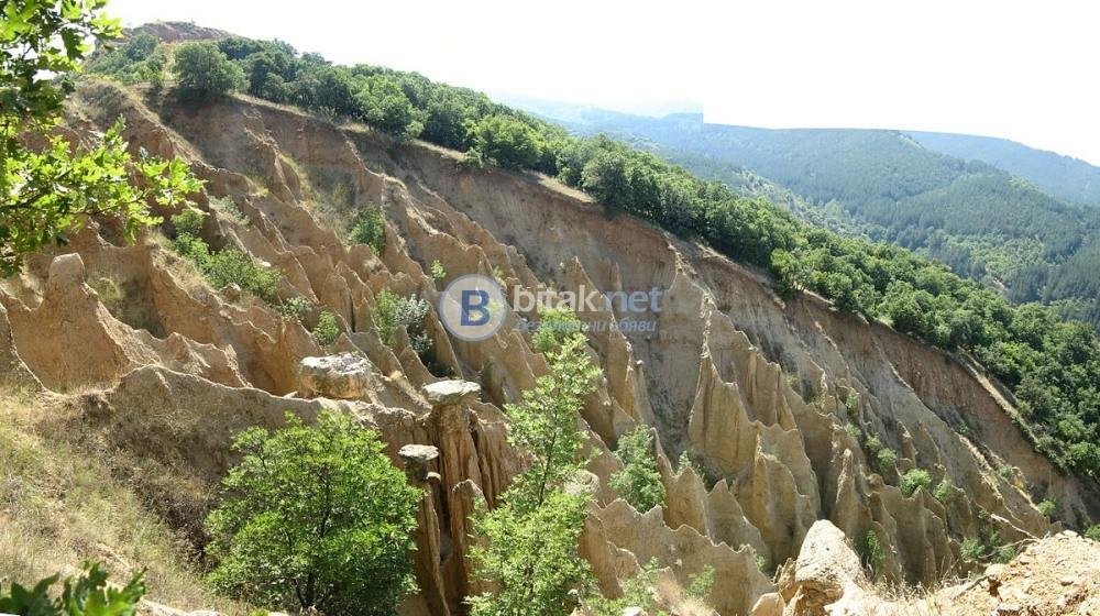 Екскурзия до Рилски манастир с гроба на Св. Иван Рилски и Стобските пирамиди