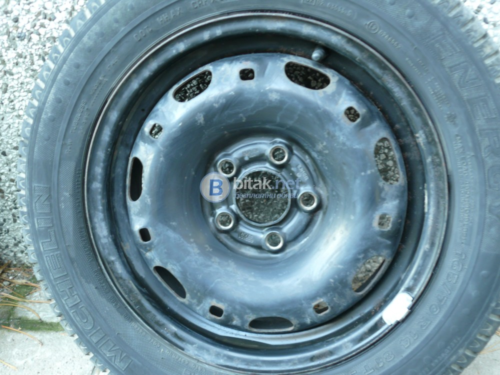 продавам 4 гуми мишелин с джанти