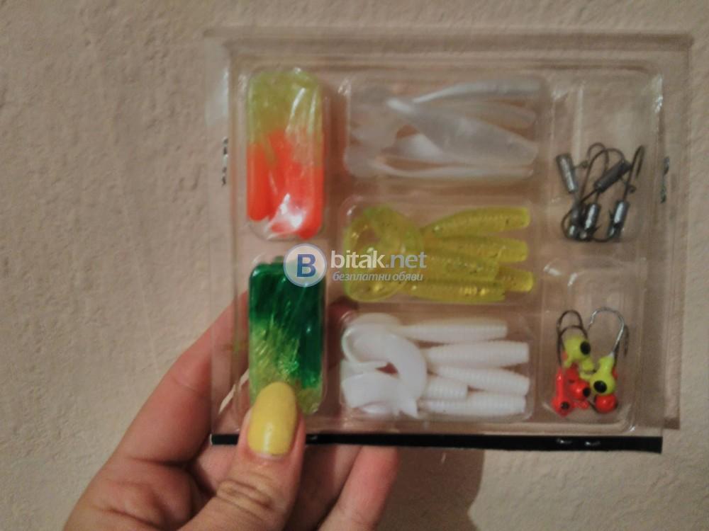 Рибарски комплект от 35 броя силиконови примамки воблери за риболов