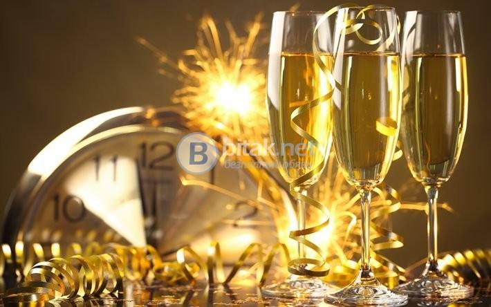 Нова Година в град Кавала с включена Празнична новогодишна вечеря