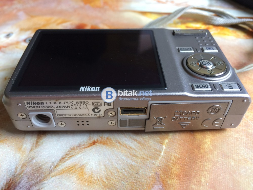 Фотоапарат Никон Nikon S550