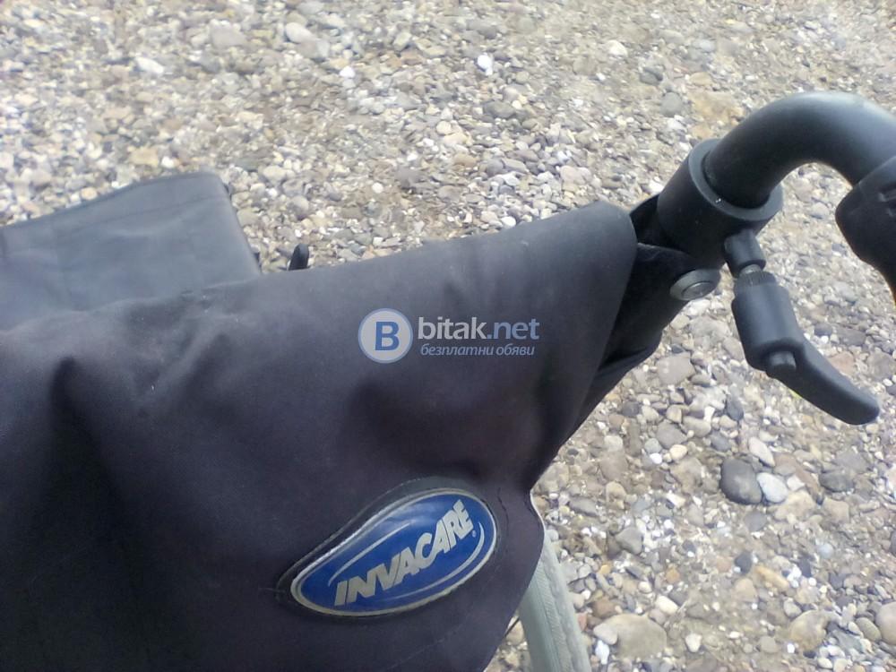 Сгъваема инвалидна количка ,за ремонт или за части .