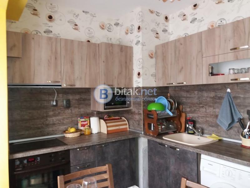 Двустаен обзаведен апартамент - Панаира