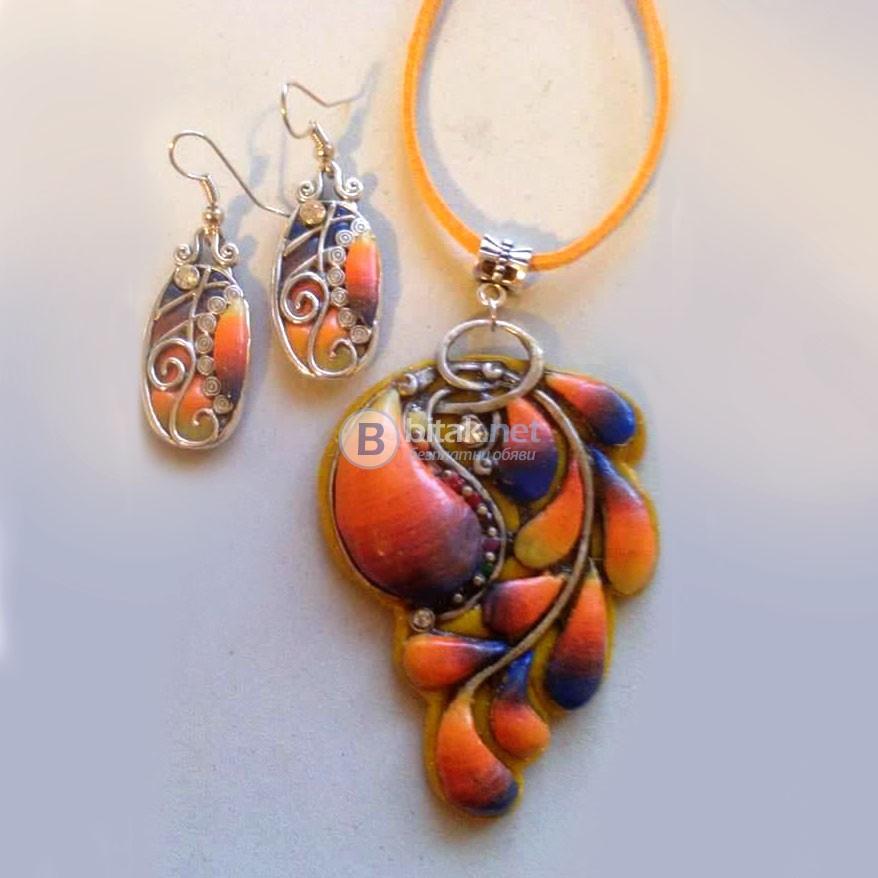 Обеци и колие Оранжеви мидички ръчна изработка от полимерна глина