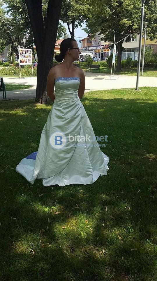 НОВА булчинска рокля