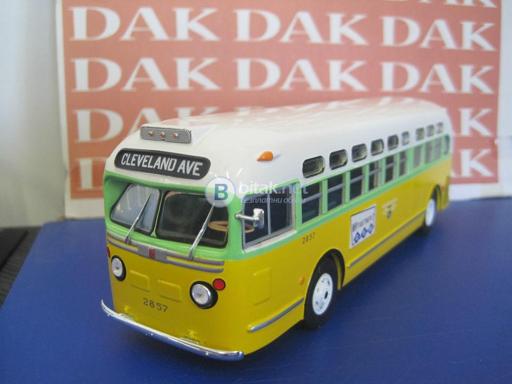 "Gm Tdh 3610 ""Rosa Parks"" USA, 1955, ""Hachette"", 1:43"