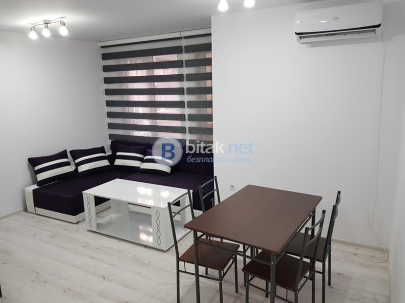 Двустаен апартамент в Младешки хълм