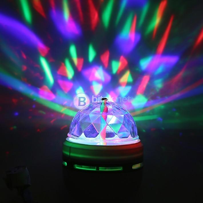 Диско лампа въртяща парти крушка с лед светлини цветен декор
