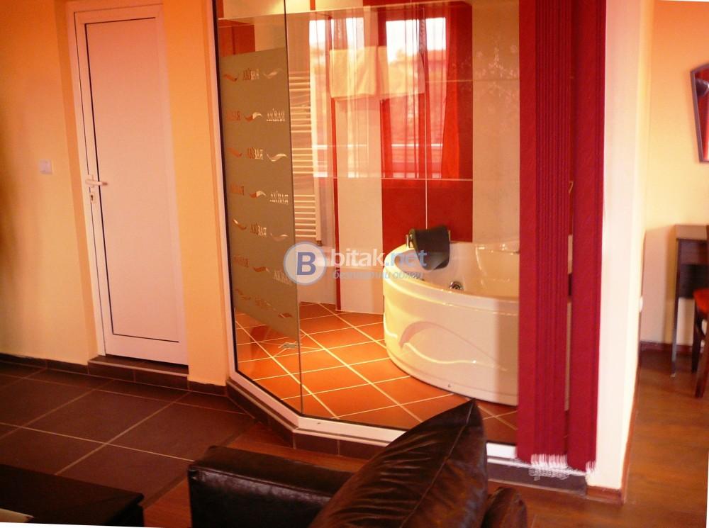 Подарете си незабравима ваканция във ВИП апартаментите на хотел Аквая***