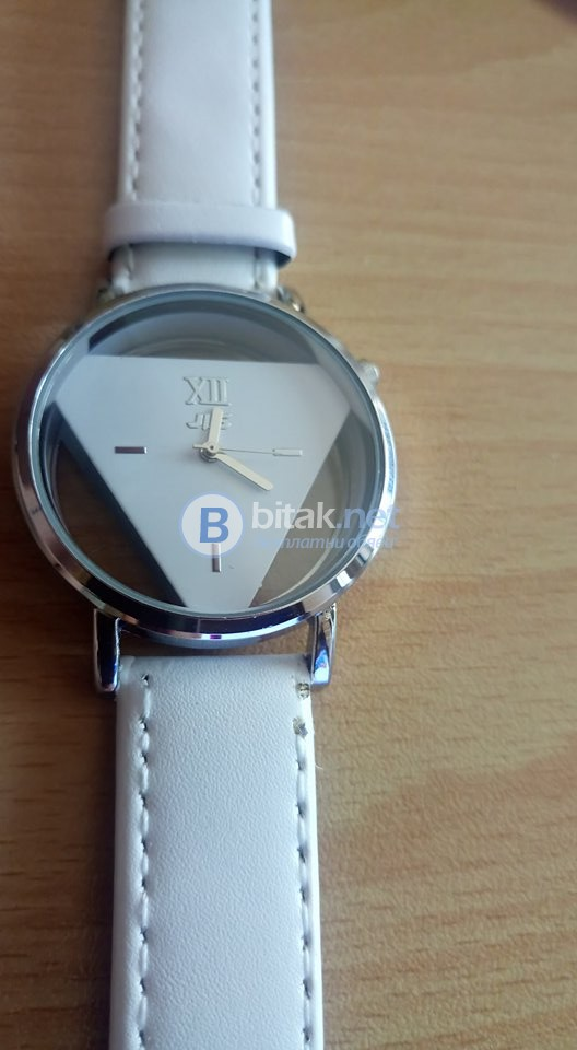 Дамски часовник с батерия