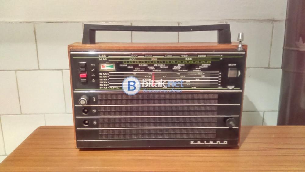 Радиоприемник Селена B211