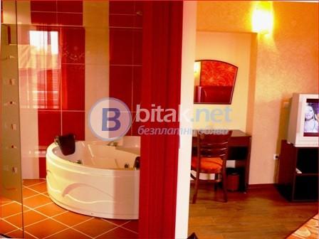 Насладете се на един луксозен уикенд във ВИП апартаментите на хотел Аквая***
