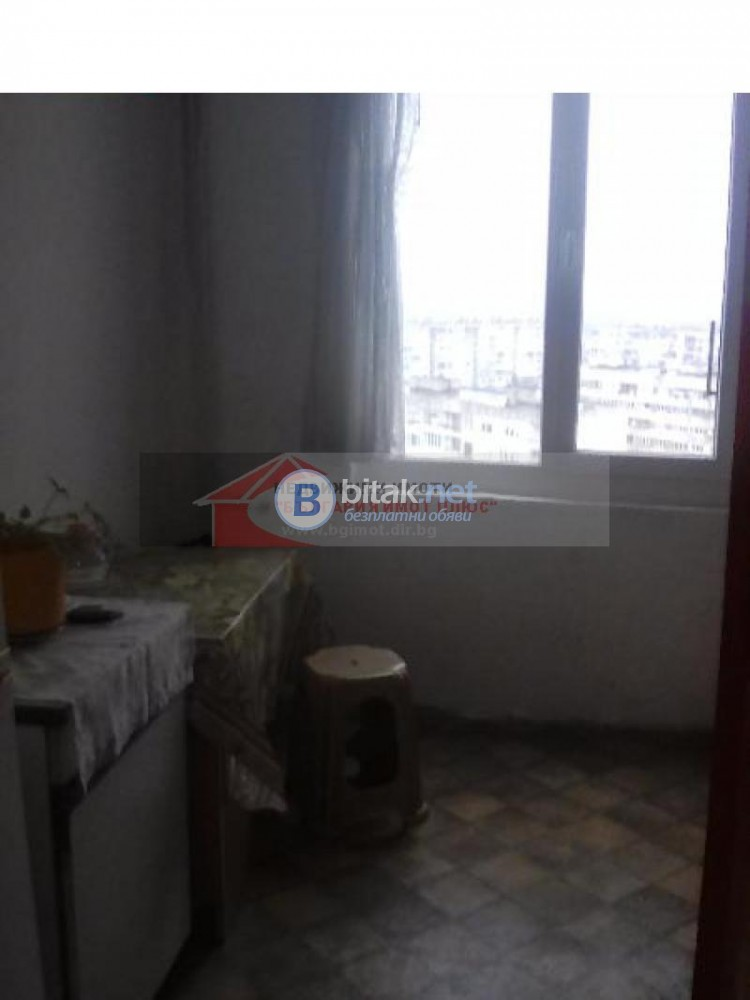 Продава 3-стаен Надежда 1 югоизточен до метро 67000 евро