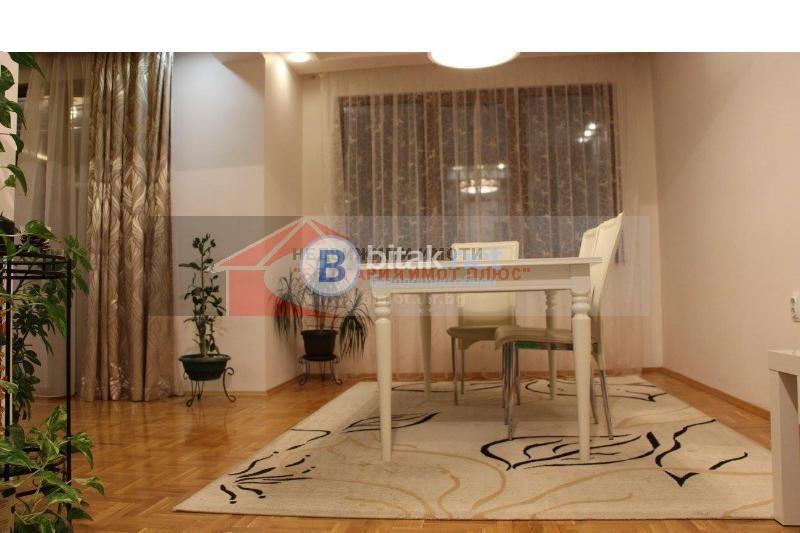 Продава 3-стаен Бели брези нов лукс обзаведен добра локация 149000 евро за ч.л.