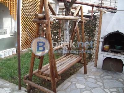 Мебели от корени и клони