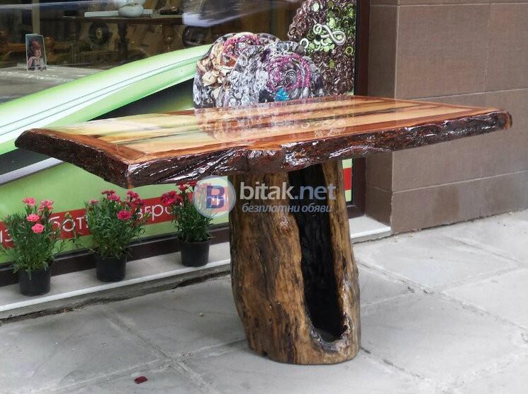 Дървени произведения на изкуството