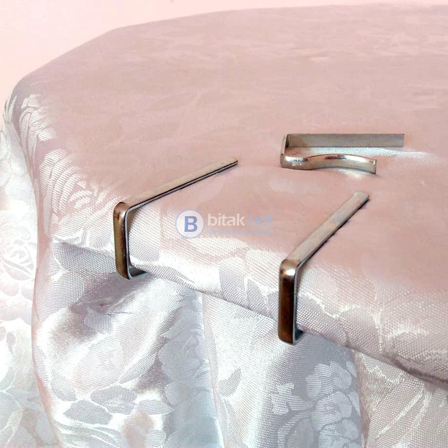 Комплект метални щипки за покривка за маса