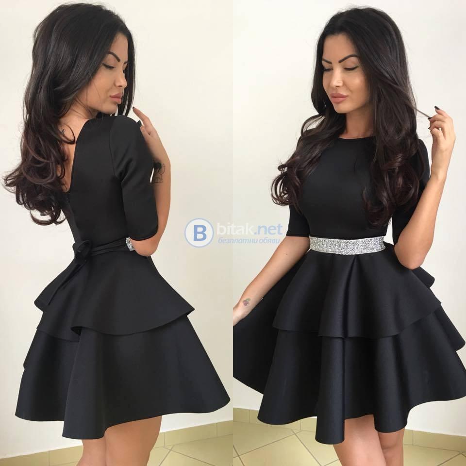 Малка черна рокля с колан