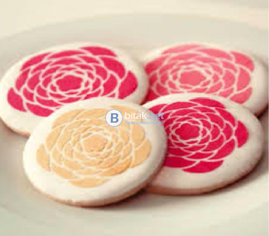Коледни и др. шаблони за декорация на сладки, кафе, мляко и капучино